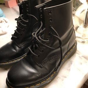 Dr. Martens 1460 smooth boots size 8